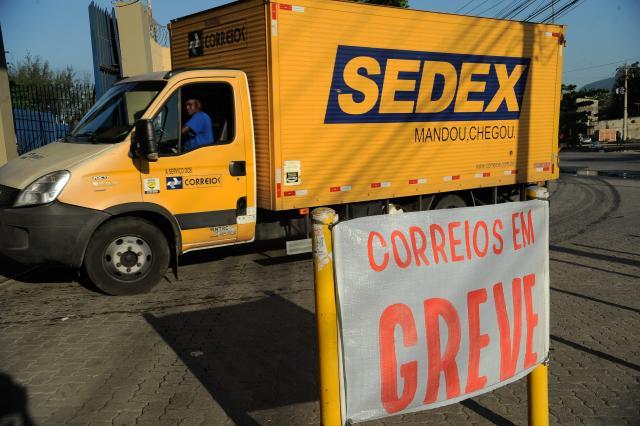 Entidades e a empresa já promoveram mesas de negociação, mas, segundo a secretária, não houve avanços. Foto: Fernando Frazão/Agência Brasil