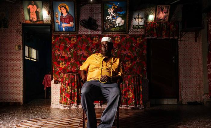 Pai Ivo de Xambá administra centro desde a morte de sua mãe. Foto: Paulo Paiva/DP