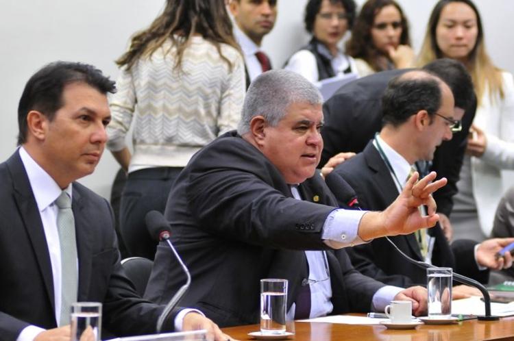 O relator Arthur Maia e o presidente da comissão especial Carlos Marun durante a apreciação do relatório. Foto: Minervino Junior/CB