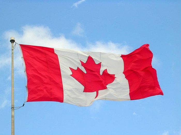 Se for aprovada pelo Parlamento canadense, a lei entrará em vigor em 2018.