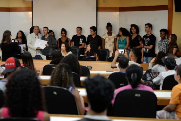 A iniciativa surgiu em 2015, quando o diretor da ENSP, Hermano Castro, decidiu incentivar um projeto de educação e inclusão social. Foto: Fernando Frazão/Agência Brasil