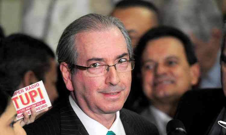 valor teria sido repassado a Cunha em três etapas. O valor oficial e mais R$ 12 milhões em espécie e outros R$ 10,9 milhões em notas frias. Foto: Evaristo Sá/AFP