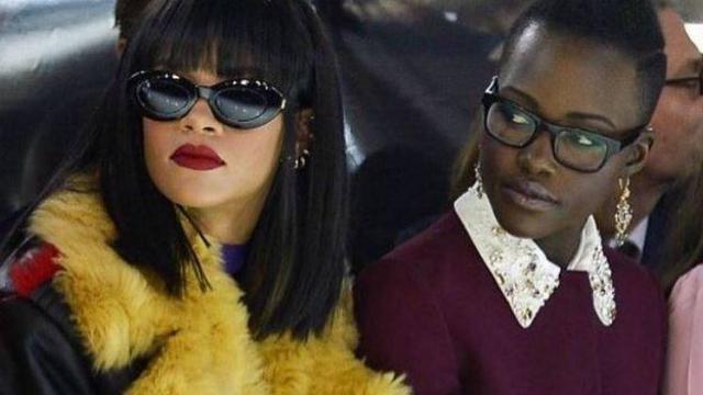 A ideia começou com uma foto em que Lupita e Rihanna aparecem lado a lado durante desfile de moda. Foto: Twitter/Reprodução