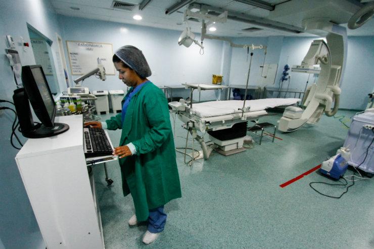 Inaugurado em dezembro de 2016, o setor de hemodinâmica do Hospital Mestre Vitalino, em Caruaru, oferece aos moradores do Agreste a chance de atendimento sem que precisem se deslocar à capital do estado, o Recife. Foto: Rafael Martins/DP