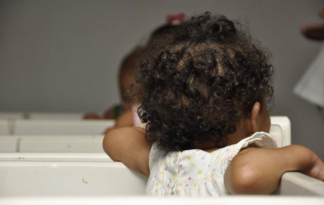 Lar do Nenen atende crianças de até 3 anos de idade e se mantém com ajuda de doações. Foto: Blenda Souto Maior/DP