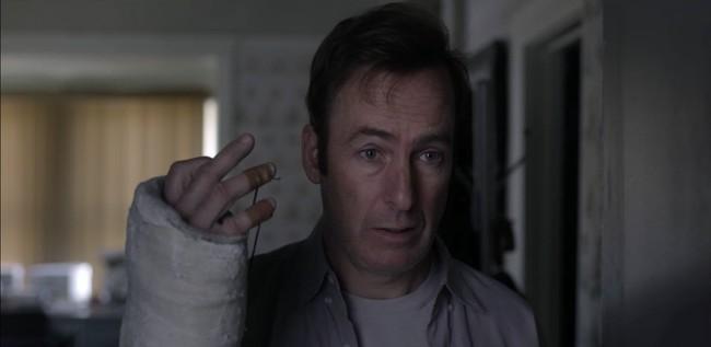 Personagem guarda semelhanças com Jimmy McGill, de Better Call Saul. Foto: Netflix/divulgação