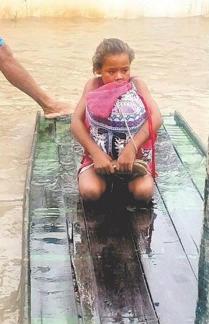 O relato foi feito por ela ao padre Jerônimo de Menezes, que a visitou na segunda-feira pós tragédia. Foto: Valter Rodrigues/Blog Tenório Cavalcante/Divulgação