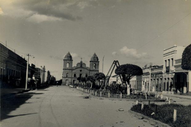 Obra feita no centro de Vicência, na Zona da Mata, possivelmente na década de 30. Crédito: Apeje/Divulgação