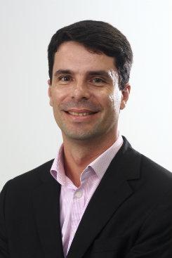 Marcelo Eduardo Alves da Silva é professor de economia da UFPE