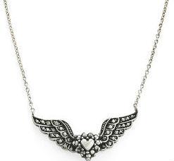 Os namorados também poderão ganhar um colar de prata da MyCollection. Foto: H.Stern/Divulgação