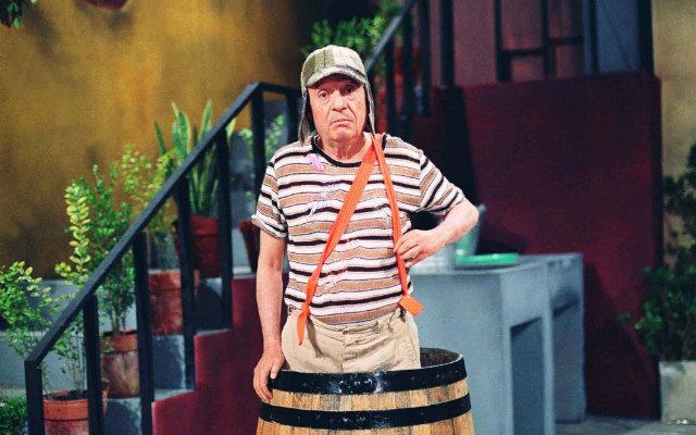 A série, estrelada por Roberto Gómez Bolaños, antes era exibida de segunda a sexta-feira na faixa das 14h30. Foto: SBT/Divulgação