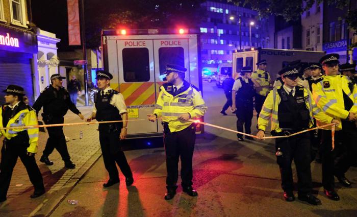 O último atentado, contra uma mesquita, deixou um morto e 10 feridos Foto: Daniel Leal Olivas/AFP Photo