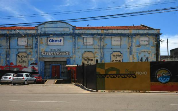 Teatro Armazém funcionou de 2000 a 2001 e teve de encerrar suas atividades por causa do projeto Porto Novo Recife. Crédito: Julio Jacobina/DP