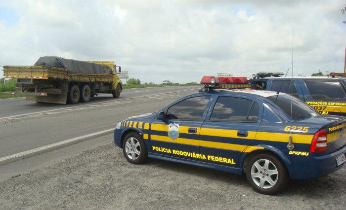 PRF reduz policiamento em estradas por falta de verba