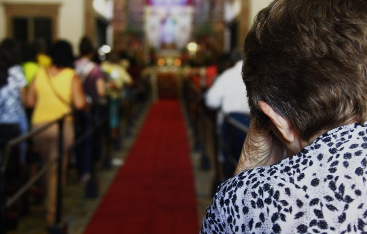 Fiéis visitaram a basílica de Nossa Senhora do Carmo para pagar e fazer novas promessas (Shilton Araújo / Esp. DP)