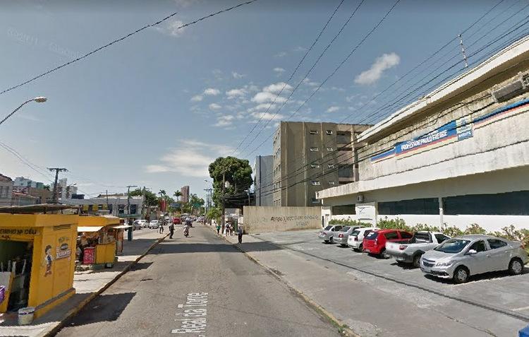 Serviço da Celpe desativará paradas na Real da Torre na manhã deste domingo (Google Maps / Reprodução)
