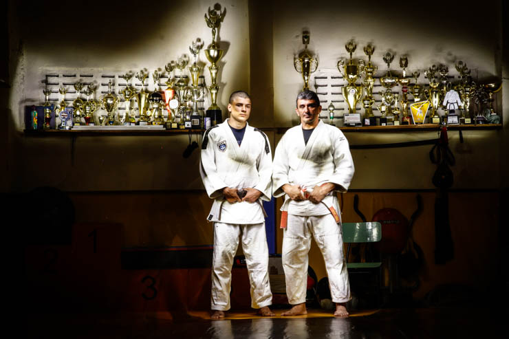 Treinador Carlos Tevano é referência como atleta e inspiração para a vida pessoal do judoca. Foto: Rafael Martins/DP (Treinador Carlos Tevano é referência como atleta e inspiração para a vida pessoal do judoca. Foto: Rafael Martins/DP)