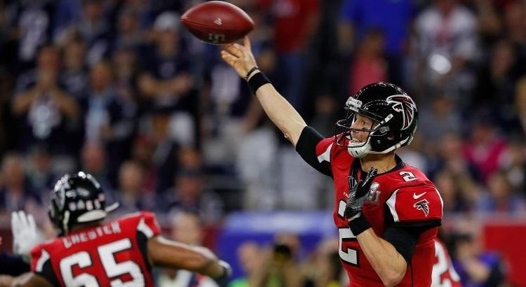 Nos últimos anos, a NFL enfrentou críticas e processos ligados à questão das concussões e traumatismo craniano. Foto: Kevin C. Cox/AFP