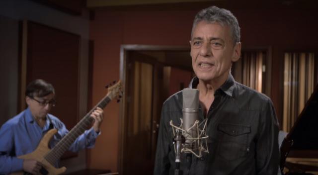 Artista lançou recentemente primeiro single do próximo disco, Tua Cantiga. Foto: YouTube/Reprodução