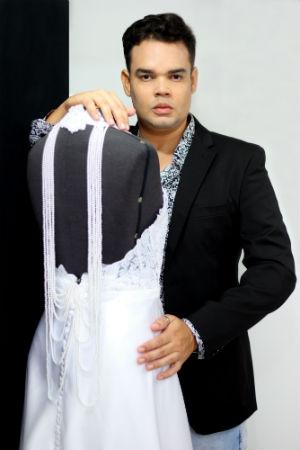 Autodidata, João iniciou sua carreira em 2003, quando participou do extinto Recife Fashion e conseguiu destacar-se como um dos quatro novos designers. Foto: João Luíz Battista/Divulgação