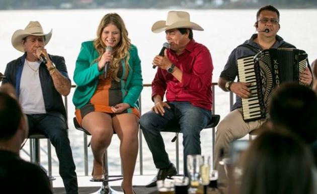 Marília Mendonça se juntou a Creone, Parrerito e Xonadão em novo álbum do trio. Foto: Ricardo Romero/Divulgação