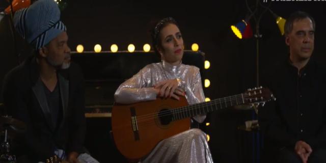Em um vídeo ao vivo, os cantores surgiram juntos cantando a música Diáspora, uma das dez inéditas do novo álbum. Foto: Facebook/Reprodução