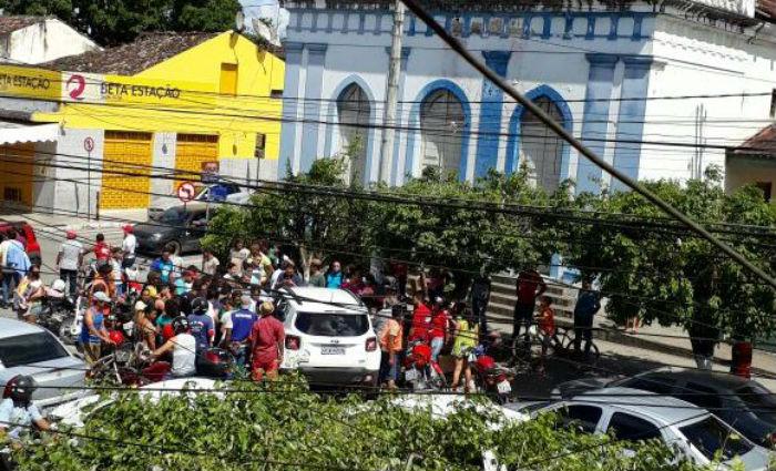 De acordo com a polícia, Thiago Gomes da Silva confessou que atirou em Edvaldo José Valença da Silva. Foto: Blog Anderson Pereira/Cortesia.