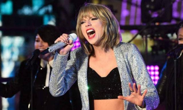 Taylor Swift está no quarto dia de julgamento contra radialista. Foto: Jewel Awad/AFP