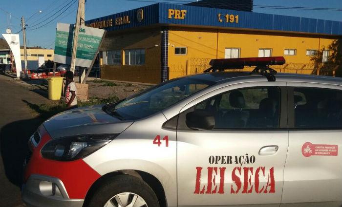Procurado por tráfico é detido em blitz da Lei Seca. Foto: PRF/ Divulgação
