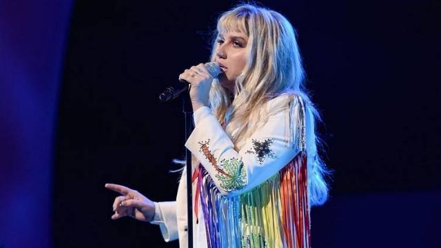 Kesha retorna à música após hiato de cinco anos. Foto: AFP