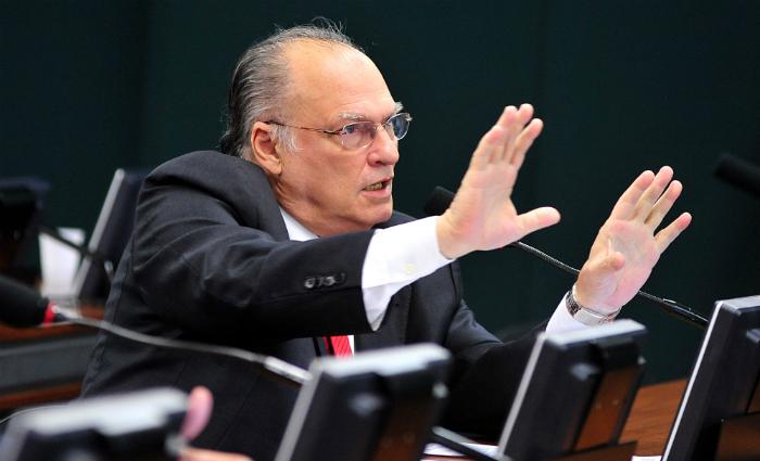 O deputado Roberto Freire (PPS) é um dos principais defensores do novo sistema na Câmara. Foto: Alexandra Martins/ Câmara dos Deputados