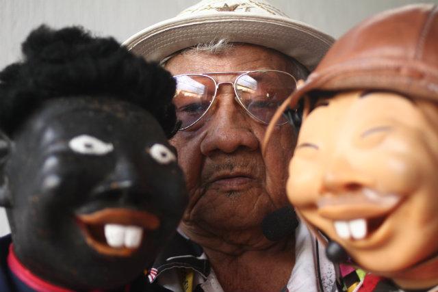 """""""Ainda quero fazer muitos shows. São os bonecos que tenho e me acompanham nessa vida. Não vou deixá-los"""", afirma o ventríloquo. Foto: Marlon Diego/Divulgação"""