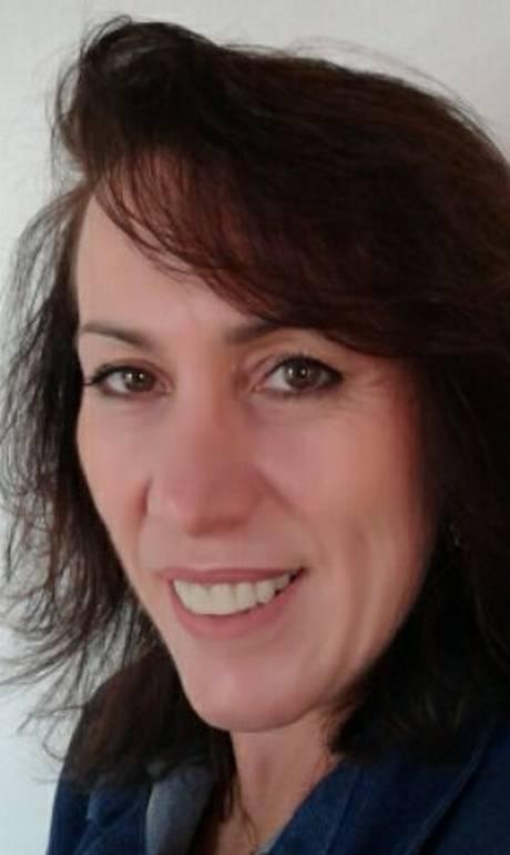Elaine foi morta enquanto dava aula de catequese. Foto: Reprodução/Facebook