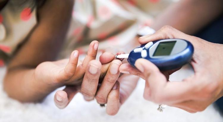 Teste de detecção do diabetes: quase metade dos pacientes no país não sabem que têm a doença. Foto: Stock Foto/Divulgação
