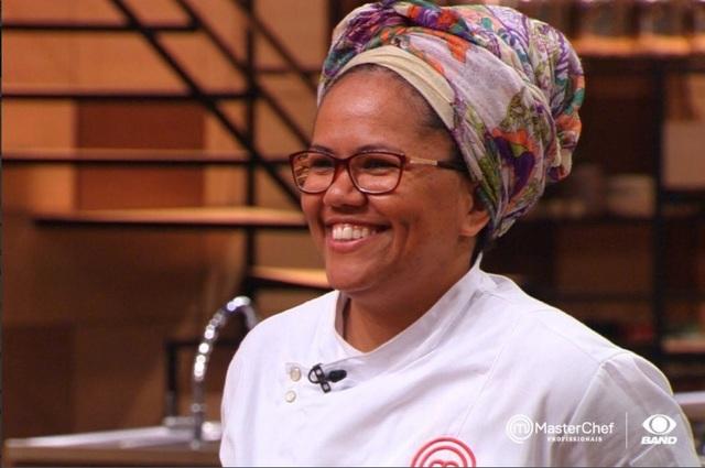 A receita da cozinheira foi elogiada pelos jurados. Foto: Band/Divulgação