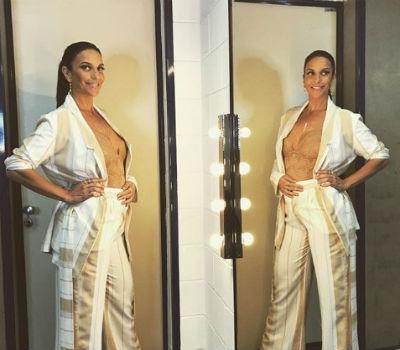 """""""Não sei por que a calça não fecha"""", brincou Ivete. Foto: Instagram/Reprodução"""