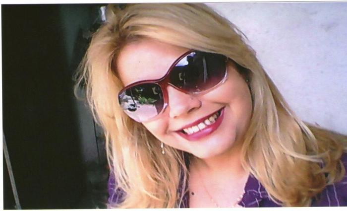 (A educadora, que morreu no local, era coordenadora do Colégio Estadual Guilherme Campos, em Campos de Brito, a 65km de Aracaju. Foto: Facebook/Reprodução )
