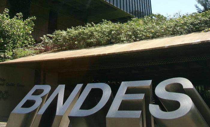 A estratégia em estudo agora pelo BNDES é mais um sinal da forte resistência do banco de fomento em aceitar as condições. Foto: BNDES