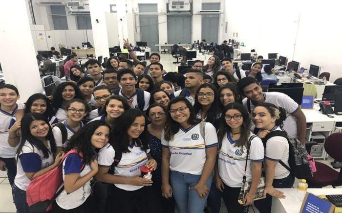 Resultado de imagem para Diario de Pernambuco Começa o período de matrículas na rede estadual de ensino