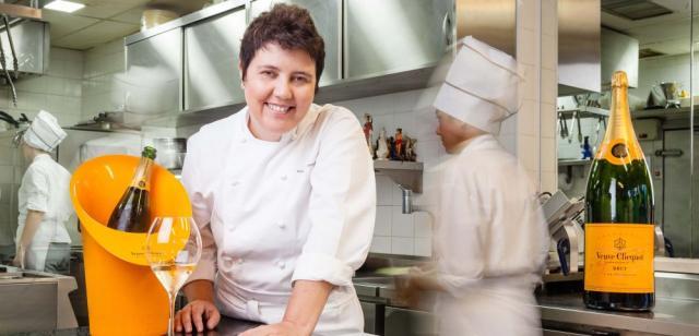 A chef já comandou a equipe da cozinha do Palácio da Alvorada, em Brasília. Foto:Bruno Ryfer/Divulgação