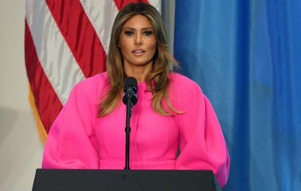 A primeira-dama fez um discurso de alguns minutos focado justamente na luta contra o bullying. Foto: Reprodução/Internet