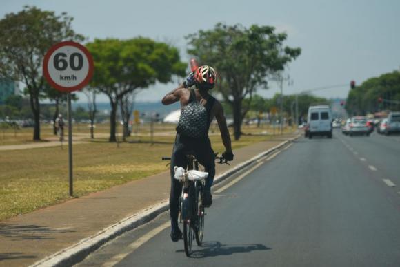Por saúde e economia, brasilienses têm trocado o carro pela bicicleta. Foto: Arquivo/Agência Brasil