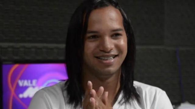 Depoimentos são alternados com imagens do apresentador. Foto: TV Vale do Xingu/Reprodução