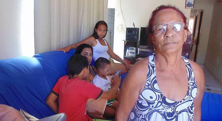 Incêndio marcou para sempre famílias como a de Ilda Rodrigues, avó de Luiz Davi, que morreu aos 4 anos. Fotos: Luiz Ribeiro/EM