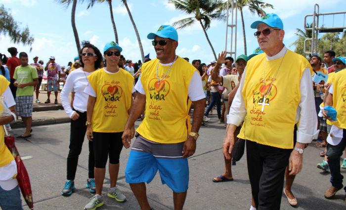 Orla de Boa Viagem recebe Caminhada Sim à Vida. Foto:  Arquidiocese/ Divulgação