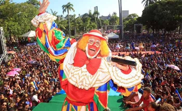 O Palhaço Chocolate promete uma apresentação com muitas surpresas para o público. Foto: Ivaldo Bezerra/Divulgação