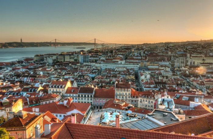 Hoje, cerca de 80 mil brasileiros residem em Portugal com vistos regulares. Foto: Flickr/Reprodução