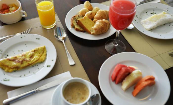 O recomendado é ingerir mais de 20% das calorias diárias no desjejum, mas a estimativa é de que entre 20% e 30% dos adultos não se alimentam assim que acordam. Foto: Marcelo Ferreira/CB