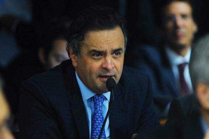 Se decisão for mantida, Aécio Neves será proibido de manter contato com outros investigados o caso e terá que entregar o passaporte. Foto: Flickr