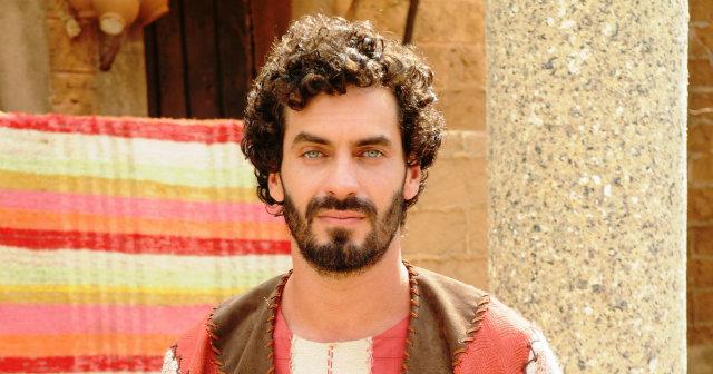 Nikolas Antunes interpreta Abednego na trama da Record. Foto: Record/Divulgação